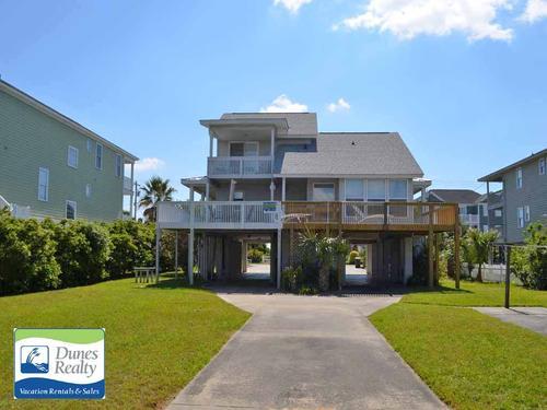 Beehive Garden City Beach Vacation Rental