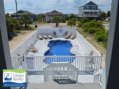 conch51116pool1
