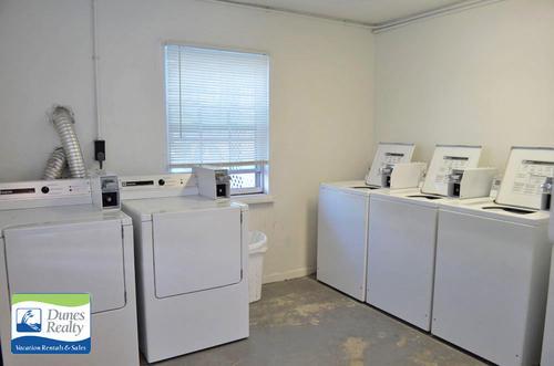 cs22103nov1715laundry
